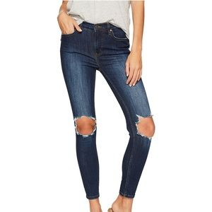NWT! Free People Frayed Skinny Jeans Navy